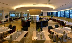 Radisson Blu Chattogram Bay View, Hotel  Chittagong - big - 27