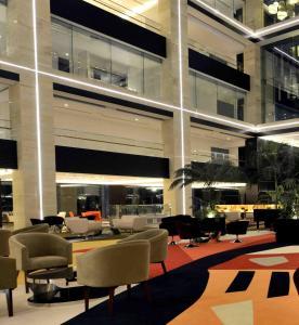 Radisson Blu Chattogram Bay View, Hotel  Chittagong - big - 36