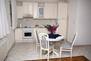 Apartments in Beautiful Split, Apartments  Podstrana - big - 19