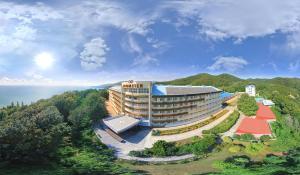 Azimut Hotel Prometey Nebug - Nebug