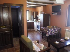Apartamentos Rurales Casa Pachona, Ferienwohnungen  Puerto de Vega - big - 67