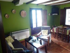 Apartamentos Rurales Casa Pachona, Ferienwohnungen  Puerto de Vega - big - 48