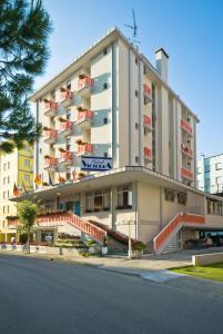 Hotel Victoria, Отели  Бибионе - big - 26