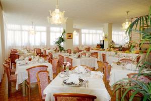 Hotel Victoria, Отели  Бибионе - big - 22