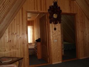 Дом на Луговой , Дома для отпуска  Новоабзаково - big - 98