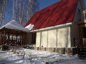 Дом на Луговой , Дома для отпуска  Новоабзаково - big - 101