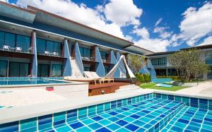 The Phu Beach Hotel, Hotel  Ao Nang Beach - big - 71