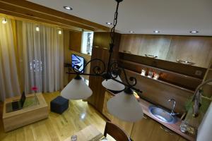 Villa Natural Wood, Ferienwohnungen  Zlatibor - big - 39