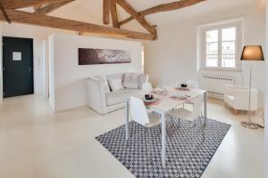 Itaco Apartments Lucca - Loft - AbcAlberghi.com