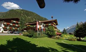 Hotel Almhof - Neustift im Stubaital