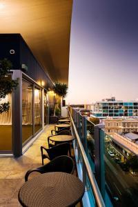 Majestic Roof Garden Hotel (4 of 40)
