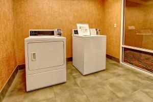Hampton Inn & Suites Destin Sandestin Area, Hotels  Destin - big - 27