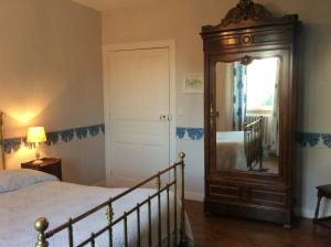 Gite Le Saint Anne, Holiday homes  Équilly - big - 11