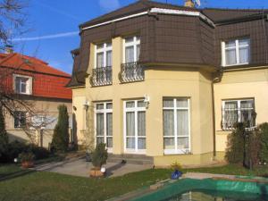 Villa Olivia - Kyje