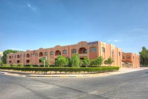 Asfar Resorts Al Ain, Аль-Айн
