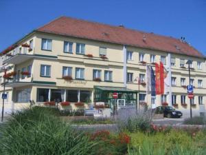 Hotel Restaurant Florianihof, Hotely  Mattersburg - big - 22