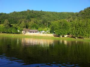 Location gîte, chambres d'hotes Camping du Lac dans le département Lot 46
