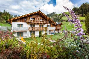 Alpine Mountain Chalet - AbcAlberghi.com