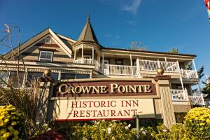 Crowne Pointe Historic Inn Adu..