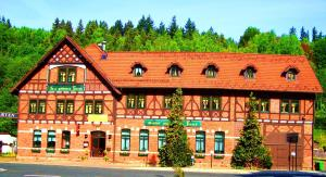 Hotel Zum Goldenen Hirsch - Breitenbach