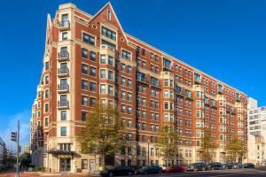 M Street Apartment by Stay Alfred, Апартаменты  Вашингтон - big - 46