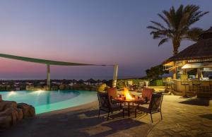 Coral Beach Resort Sharjah, Курортные отели  Шарджа - big - 27