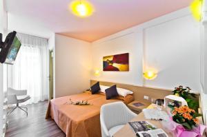 Hotel Victoria, Отели  Бибионе - big - 15