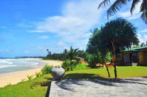 The Beach Cabanas Retreat & Sp..