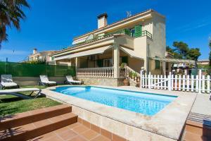 Goleta, Apartmanházak  Playa de Muro - big - 1