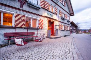Der Gaukler Hostel - Accommodation - Oberstaufen