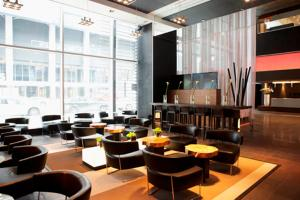 Le Germain Hotel Toronto Maple Leaf Square (13 of 31)