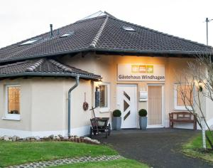Gästehaus Windhagen - Asbach