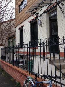 Location gîte, chambres d'hotes Appartement Comme Une Petite Maison dans le département Haut de seine 92