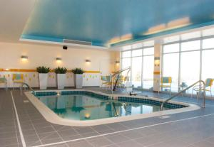 Fairfield Inn & Suites by Marriott Canton South, Hotel  Canton - big - 32