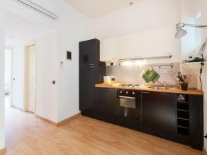 Sabelli Nightlife Apartment