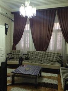 Апартаменты На Магомаева 29, Баку