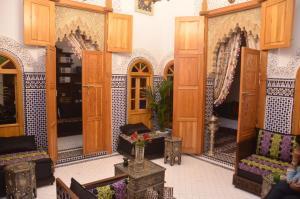 Riad Sabria, Riady  Sale - big - 47