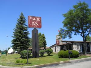 Value Inn Motel - Milwaukee Airport South