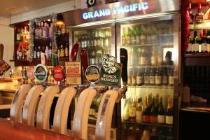 Grand Pacific Hotel & Apartments, Hotel  Lorne - big - 80