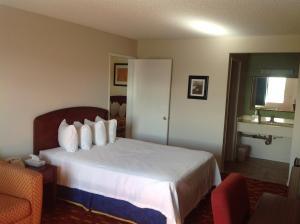 Eunice Plaza Motel