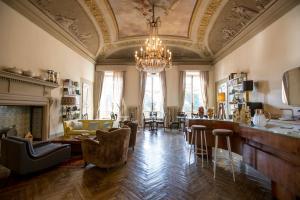 AdAstra Suites - AbcAlberghi.com