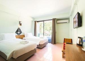 A Hotel Budget - Ban Huai Nam Yen