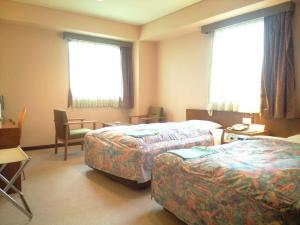 Twin Room with Extra Bed - Smoking Hotel Takamatsu Hills