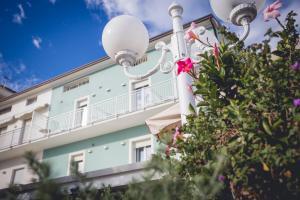 Hotel Ronchi - AbcAlberghi.com