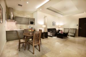 Aswar Hotel Suites Riyadh, Hotels  Riad - big - 70