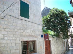 Apartments Ivica, 21220 Trogir