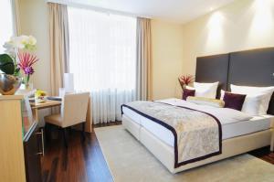 Hotel Merkur (5 of 62)
