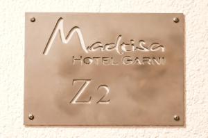 Hotel Garni Madrisa - Brand
