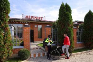 Отель Alpinist, Бишкек