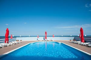 Hotel Lilia, Отели  Золотые Пески - big - 1